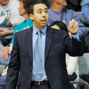 South Alabama Hires Richie Riley as Basketball Coach