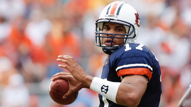Get the expert opinion on current and former Auburn QBs from one of the Great ones in program history!