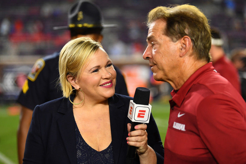 LISTEN: Holly Rowe reacts to being named sideline reporter for ESPN/ABC Saturday Night Football